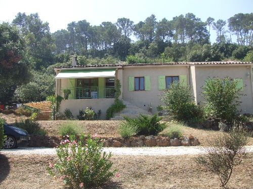 Traditional house to rent in VIDAUBAN (Var) 6 pers
