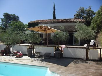 Old property to rent in BRAS (Var) 5 pers