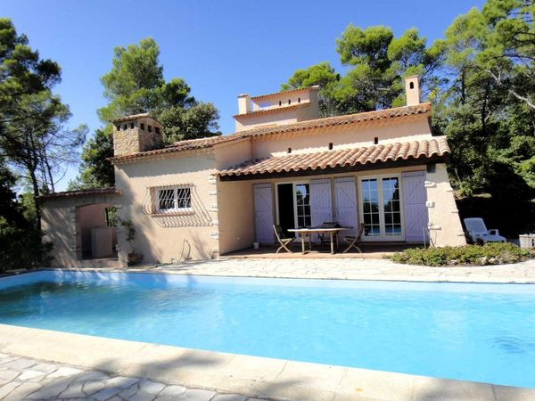 Villa to rent in COTIGNAC (Var) 8 pers