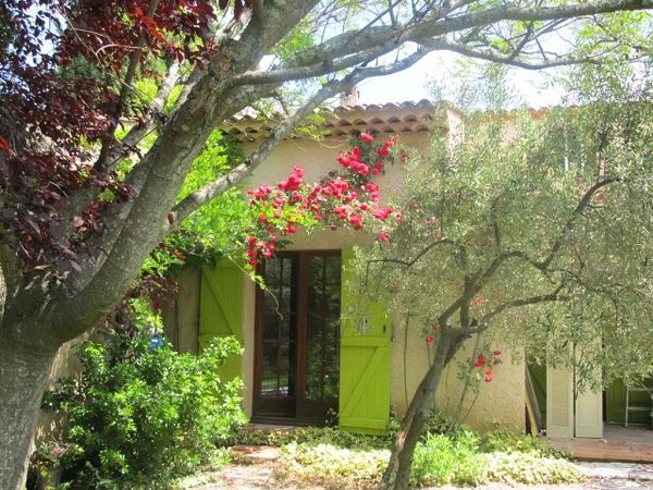 House to rent in TAVERNES (Var) 8 pers
