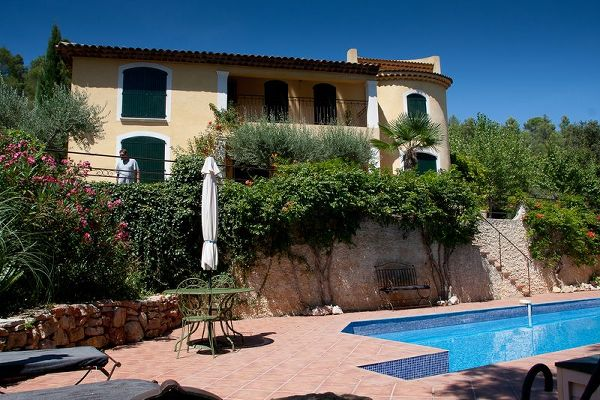 House to rent in CORRENS (Var) 10 pers