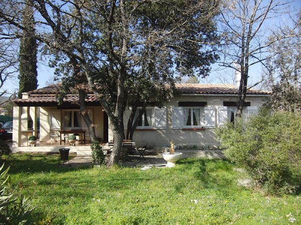 Villa to rent in GAREOULT (Var) 4 pers