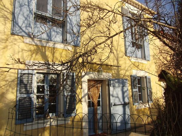 House to rent in VILLECROZE (Var) 4 pers